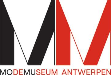 20200305_MoMu_Logo_Baseline_CMYK